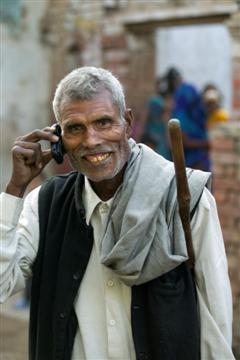 rural india2 highres custom Biodiesel fuels mobile phones (well kind of)