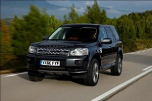 Land Rover 300x200 Land Rover rolls out green SUVs